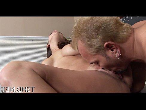 порно ролик со спермой на трусах
