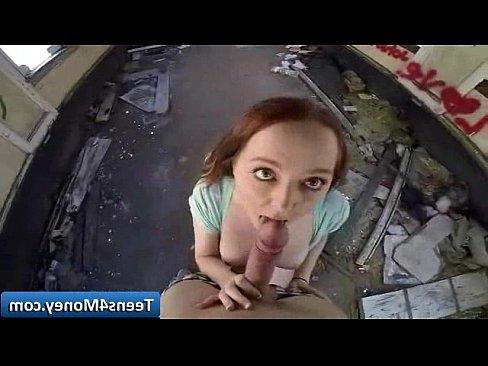 девочки кончают в рот парням онлайн