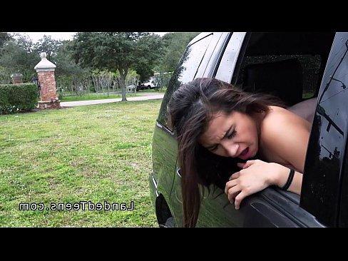 порно видео зрелая секретарша сосет у молодова