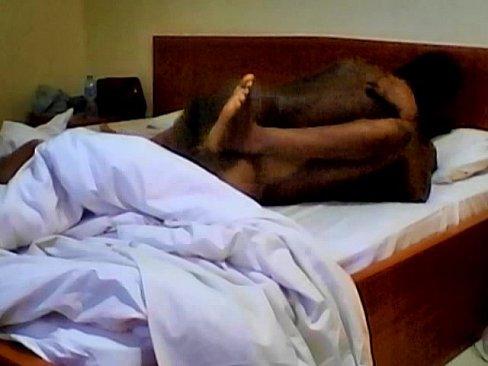порно ролик спящие мамки бесплатно