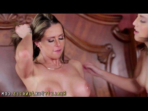 порно видео трахают бодибилдеры накаченные